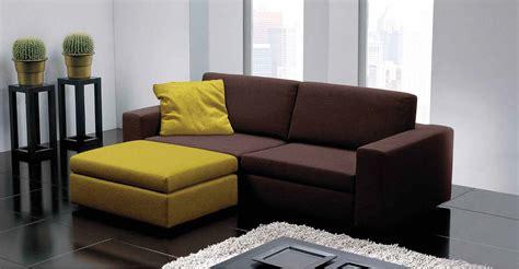 pouff divano divano due posti in tessuto con pouf arredamento moderno