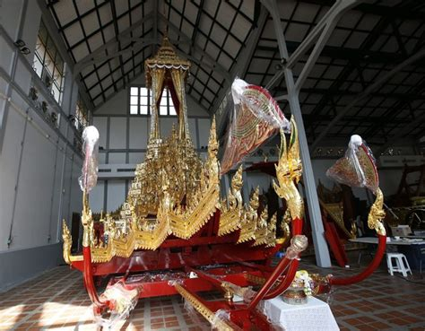 royal chariot  palanquin pattaya mail