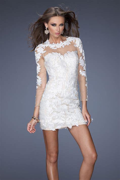 Dress Midi Mini Channel Spandek Simple Santai Casual Kasual winter white dress in fashion review fashion gossip