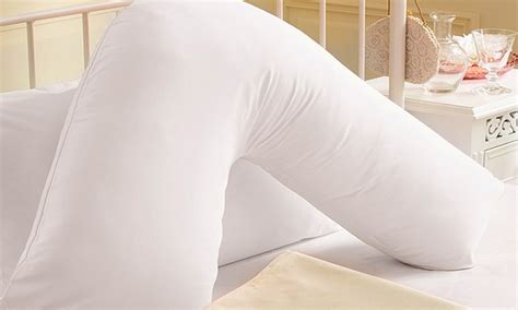 How To Sleep With Av Shaped Pillow by V Shaped Pillow With Pillowcase Groupon Goods