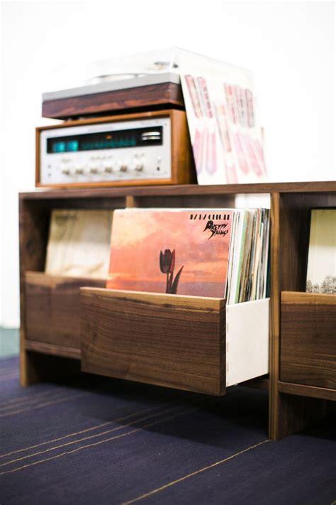 vinyl record storage 25 best ideas about vinyl storage on pinterest vinyl