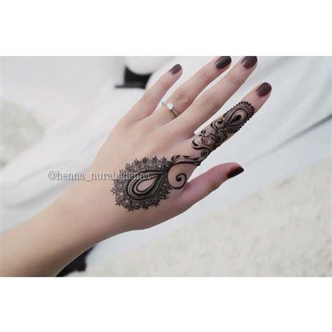 simple tattoo instagram nurahshenna piercings tatoos and henna pinterest ps