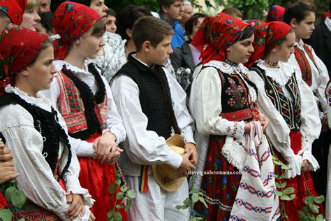 customs and traditions in romania