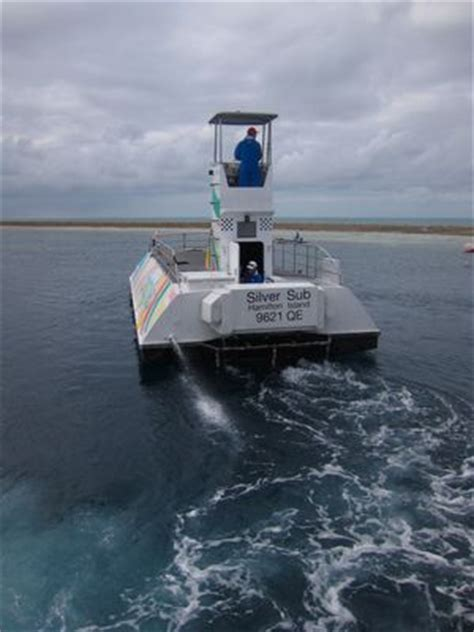 glass bottom boat whitsunday islands reefworld great barrier reef adventure sydney