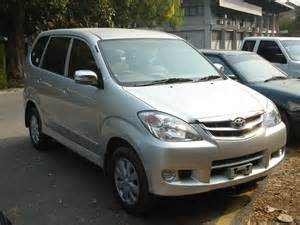 Toyota Avanaza New Toyota Avanza 2012 Review Wallpapers Price In Pakistan