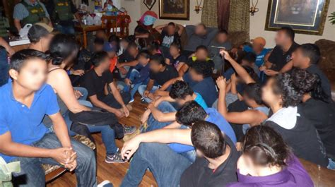 37 illegal aliens including 3 juveniles found in
