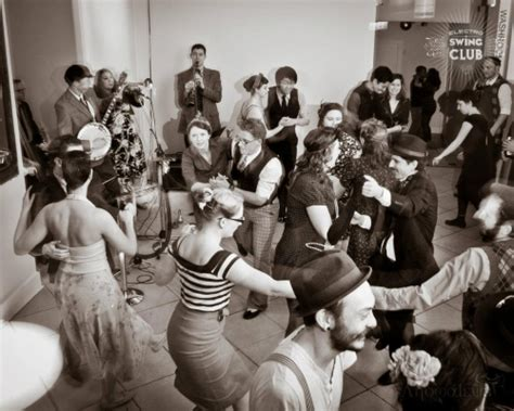 electro swing style swinging and shaking in style with electro swing vancouver