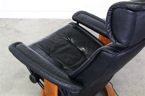 reclining leather chair with ottoman ekornes stressless black leather reclining chair w