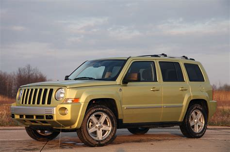 patriot jeep 2010 review 2010 jeep patriot photo gallery autoblog