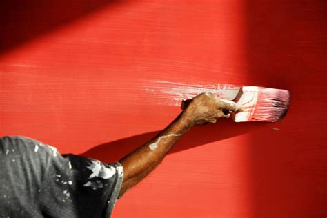 Spray Painters For Kitchen Cabinets How To Correctly Use A Paintbrush On Walls