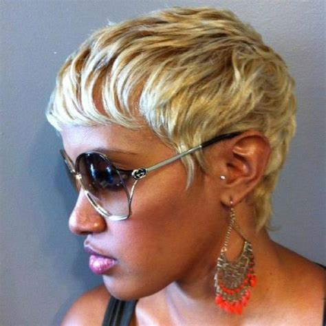 how to take care of a pixie cut 17 best images about i love short hair styles on