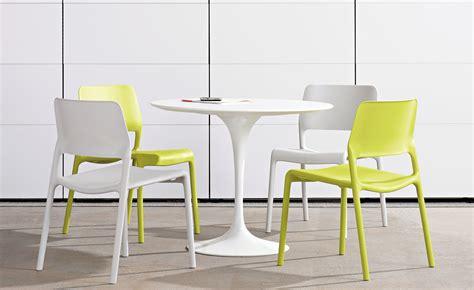 Saarinen Dining Table White Laminate   hivemodern.com