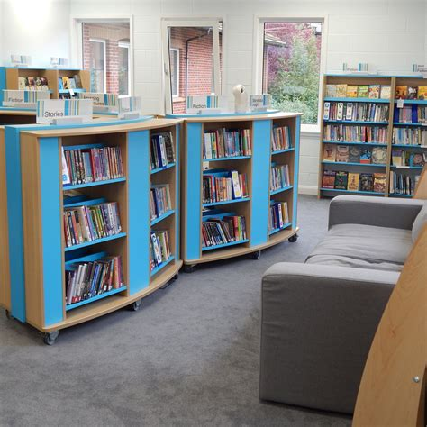School Mobile Curved Bookcase Movable Bookshelves
