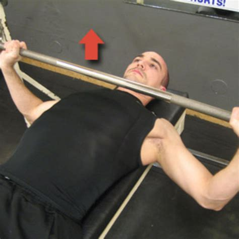 how to do bench presses bench press exercise how to skimble