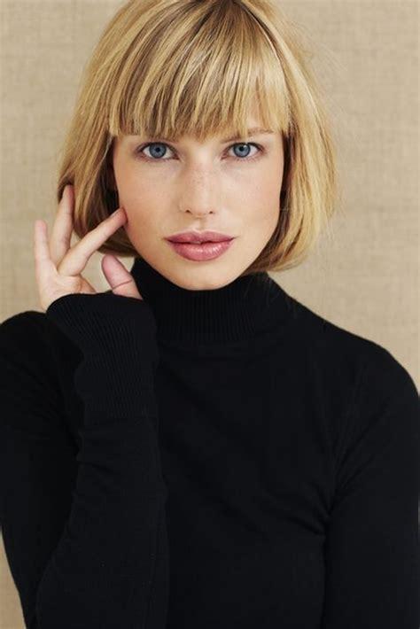 coupes courtes avec frange tendance  coiffure simple