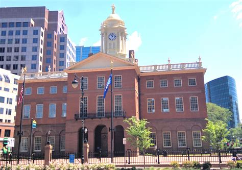 connecticut s old state house old state house will lose historical memorabilia for now the ct mirror