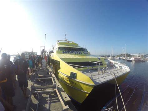 yasawa flyer boat transport to the mamanuca and yasawa - Boat Transport Fiji