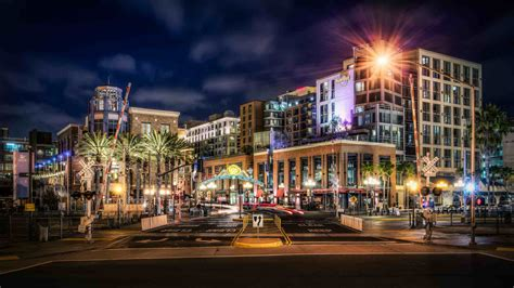 L District San Diego by Gasl Sur Topsy One