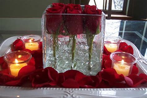 Amazing & Easy Homemade Valentine?s Day Centerpieces Ideas