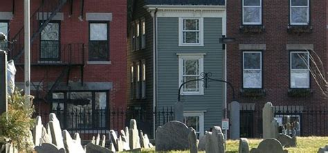 spite house boston boston s skinny house is for sale but new england has 4 other spite houses