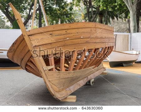 boat hull keel boat keel stock images royalty free images vectors