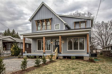 modern farmhouse colors modern farmhouse exterior design ideas 21 homedecort