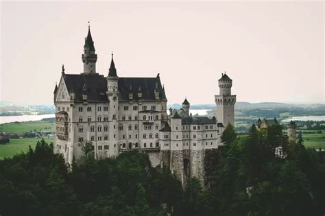 Mba From Germany Quora by What Are Some Of The Most Beautiful Palaces And Castles In