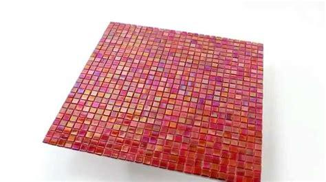 Badezimmer Fliesen Rot by Badezimmer Glasmosaik Fliesen Perlmutt Effekt Rot