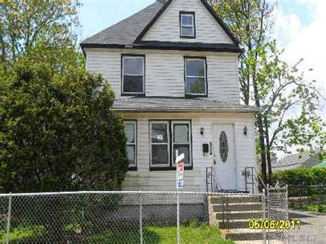 house for sale freeport ny homes for sale in freeport new york 28 images 11520 houses for sale 11520