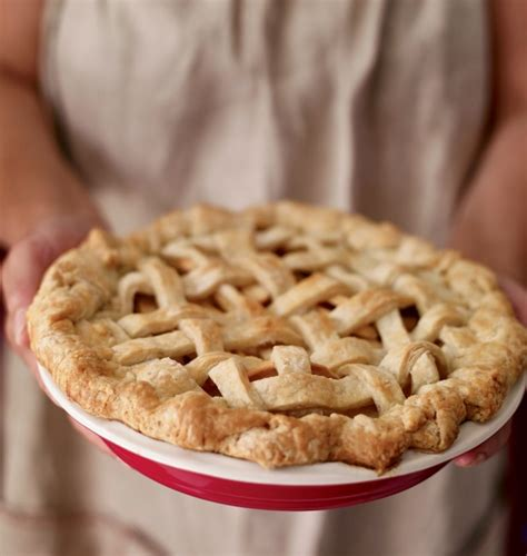 apple pies of the united states apple pies in time for the holidays books apple pie history and recipes new today