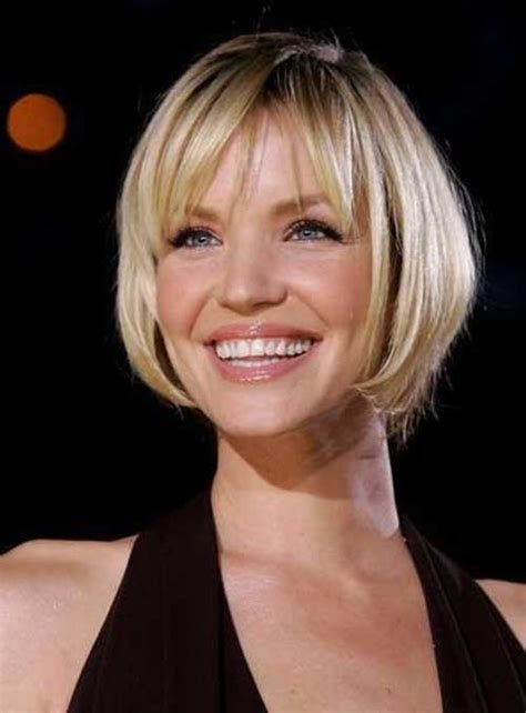 short hair cuts for thin hair and oval face short