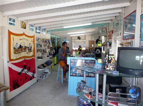 dive inn store explorers dive center scuba diving in st maarten