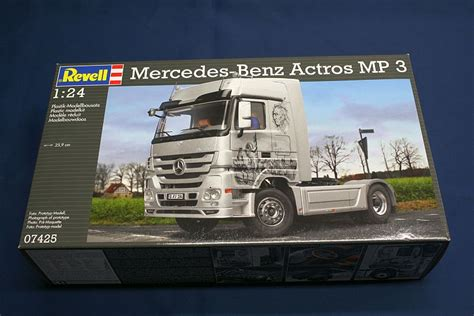 Revell 124 Mercedes Actros Mp3 1 mercedes actros mp 3 1 24 revell 07425 modelnewsinfo