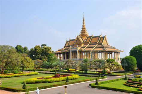 boat trip phnom penh to siem reap 7 day luxury siem reap to phnom penh