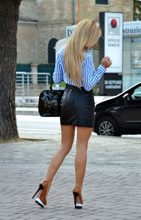 leather mini black skirt and high heels fall13