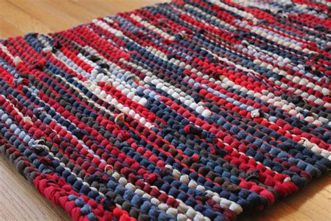 T Shirt Rag Rug by Americana Rag Rug Upcycled T Shirts Nautical Navy Blue