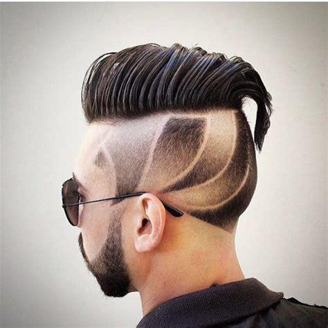 Men?s Side Swept Hairstyle for Medium Length Hair   Men's