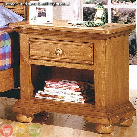 distressed pine bedroom furniture distressed pine bedroom furniture cottage traditions