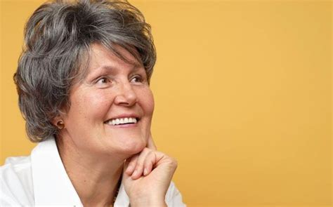 list of the best hairstyles for middle aged women list of the best hairstyles for middle aged women