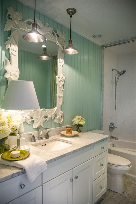 bathroom colors for 2015 hgtv home 2015 bathroom hgtv home