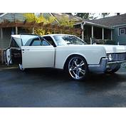 LINCOLN CONTINENTAL  372px Image 16