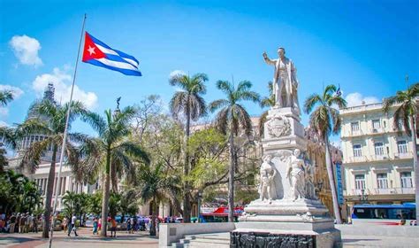 can americans travel to cuba guide americans traveling to cuba 2016 old havana havana
