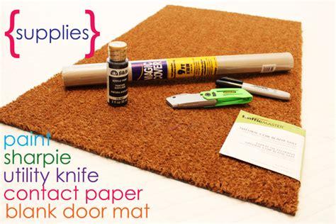 easy project  summer diy personalized door mats
