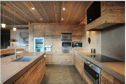 altholz modernes chalet mit bildern bauernhaus kueche