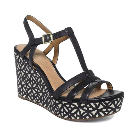 clarks artisan wedge sandals clarks artisan by amelia avery platform wedge sandals in