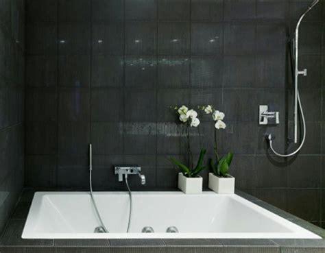 salle de bain noir et blanc une pi 232 ce 233 l 233 gante et moderne