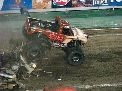 monster truck show south florida monster jam raymond james stadium ta fl 218