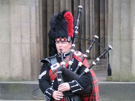 edinburgh tattoo bagpipes 17 best images about bagpipes on pinterest men in kilts