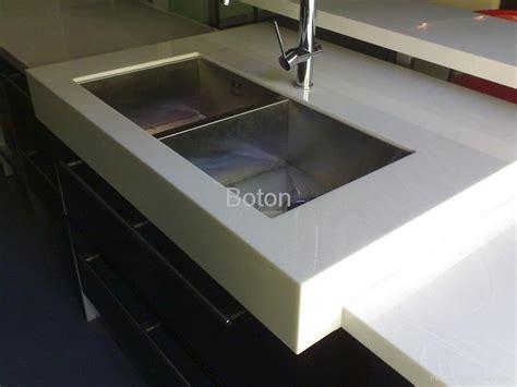 Pure White Quartz Stone Slab for Kitchen Countertop