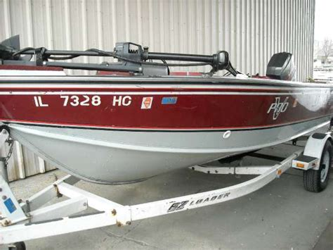 boat trailer rental fox lake 1989 lund pro v angler 17 foot 1989 lund motor boat in